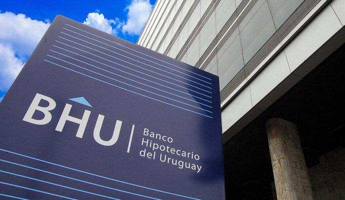 imagen de BHU: Cobro de honorarios y otros en actuaciones notariales con préstamo